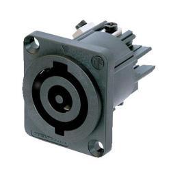 Neutrik Chassis-output 32A